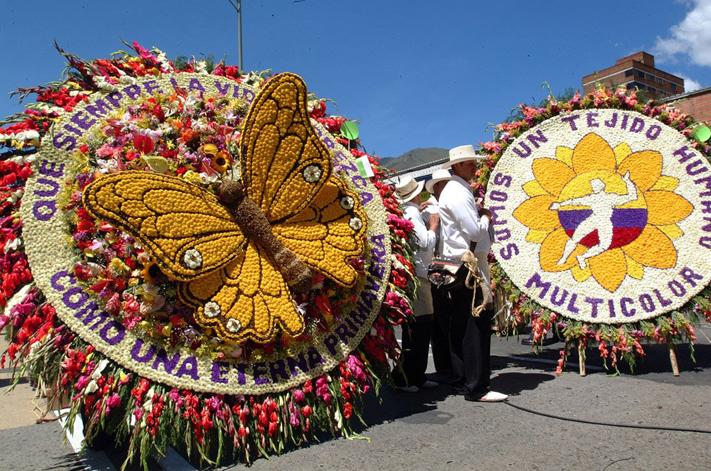 เทศกาลดอกไม้เมเดยิน Medellín Flower Festival หรือ The Flower Festival